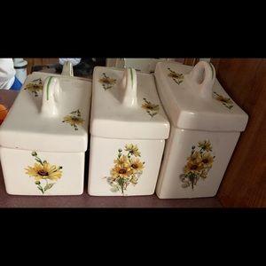 VTG 3-Piece Floral Container Set